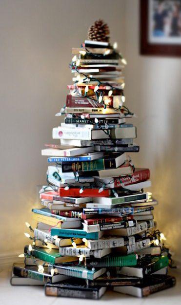 Resultado de imagen para arbolitos de navidad hechos con material de provecho