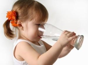 la hidratación en el embarazo y primeros años